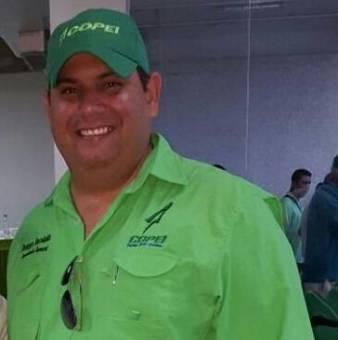 Dennis Hernandez