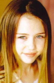 Miley Cyrus De pequeña.