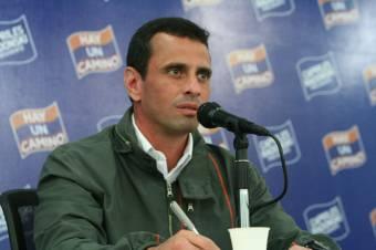 Henrique Capriles (Derecha)