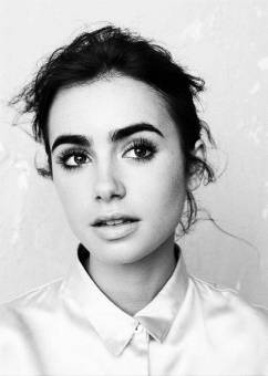 Lily Collins. ♥