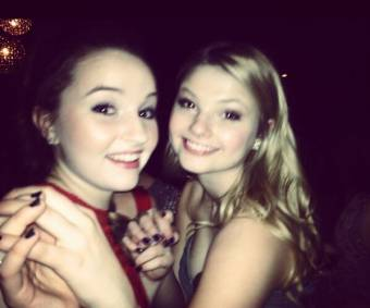 """""""@KaitlynDever: Me and @StefanieScott at winter formal :) pic.twitter.com/gThjscqz"""" :)"""