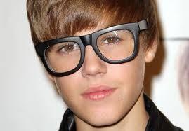 Justina Ga**er!! Feoooo