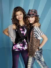 Bella Thorne y Zendeya Coleman