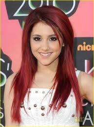 Ariana Grande como Caterine Cat Valentine. Co-Protagonista, Actriz y cantante de Pop
