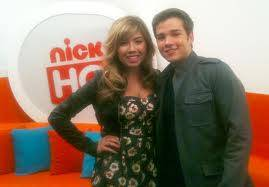 JENNETTE MCCURDY Y NATHAN KRESS