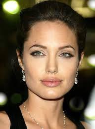 Angelina Jolie. (37)