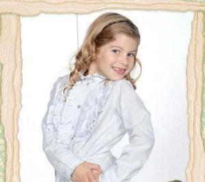 Lara Muñoz personaje como:Sicilia