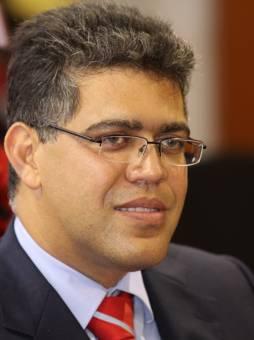 Elias Jaua Milano