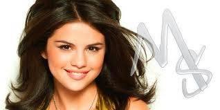 Selena Gomez Hermosa