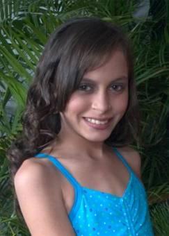 ADRIANA MUÑOZ